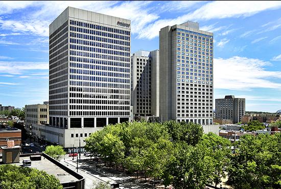Place Dupuis, <small>Montréal, QC</small>